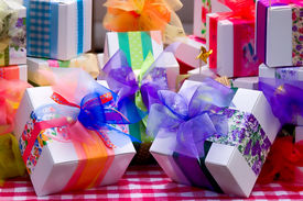 gifts_cg1p05879c_th.jpg